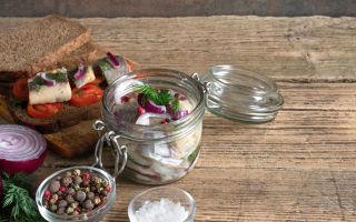Как засолить сельдь в домашних условиях вкусно и быстро: 8 рецептов