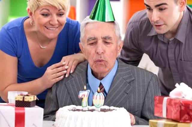 Подарок мужчине на День рождения, у которого все есть: 50+ идей