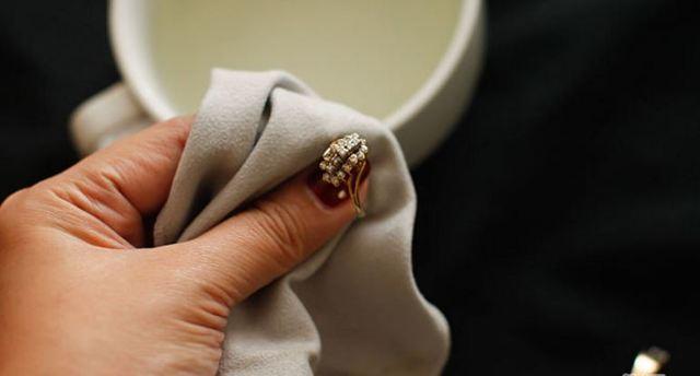 Как почистить золото в домашних условиях, чтобы блестело: 10 способов