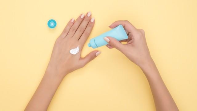 Крем для лица с гиалуроновой кислотой: ТОП-10 лучших