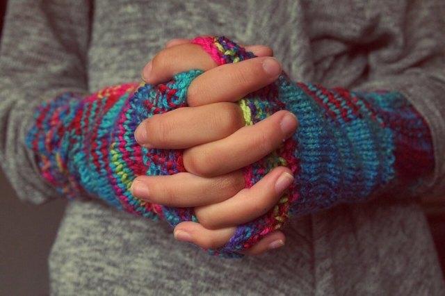 Онемение пальцев рук – причины и лечение