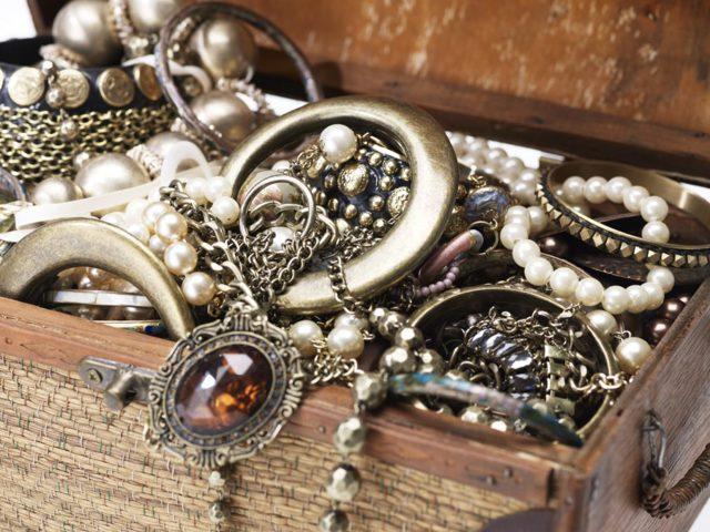 Как отличить серебро от других металлов в домашних условиях: 8 способов