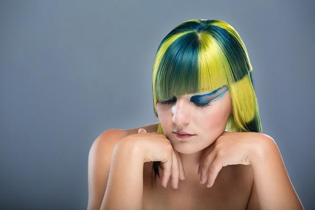 ТОП-10 профессиональных масок для окрашенных волос