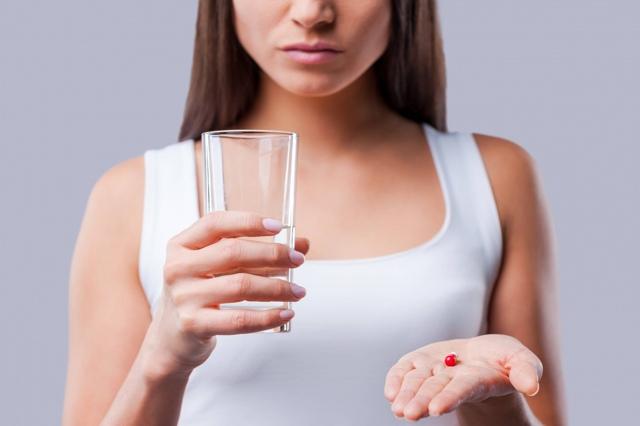Отит среднего уха – симптомы и лечение у взрослых, препараты