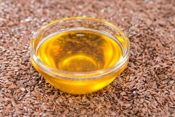 Льняное масло – полезные свойства и противопоказания