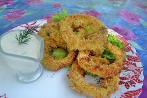 Как приготовить луковые кольца в домашних условиях: 5 рецептов + соус