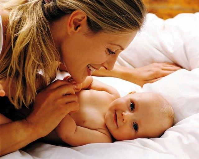 Как убрать живот после родов в домашних условиях за короткий срок