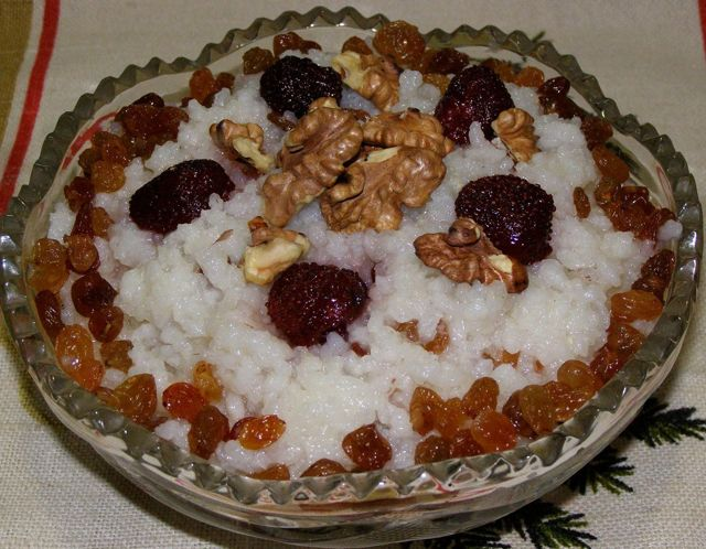 Как приготовить кутью из риса с изюмом на поминки