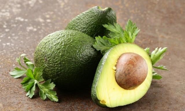 Авокадо – польза и вред для организма, как его едят?