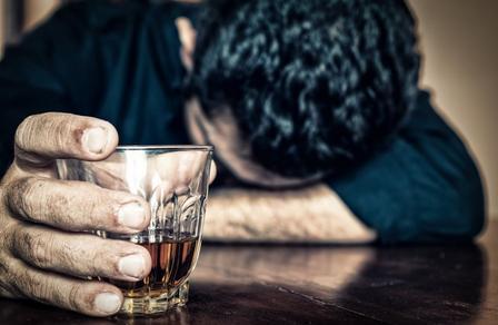 Как бросить пить алкоголь самостоятельно в домашних условиях?