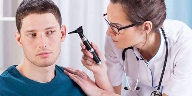 Болит ухо у взрослого – что делать в домашних условиях: обезболивающие, первая помощь