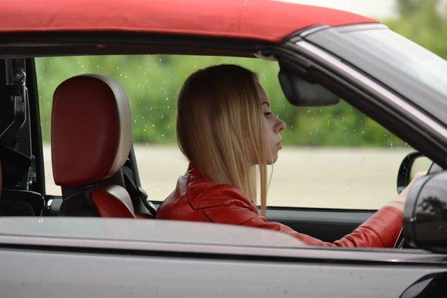 Как преодолеть страх вождения автомобиля новичку-женщине