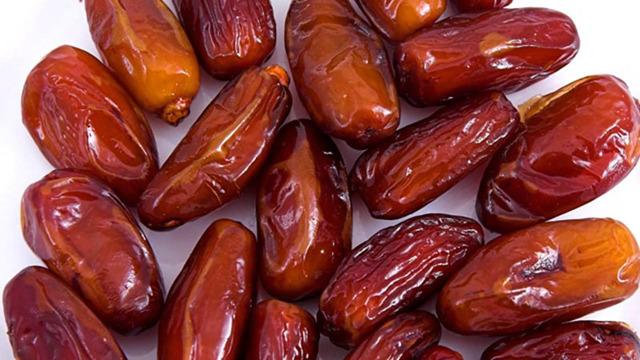 Финики - польза и вред для организма. Сколько нужно съесть в сутки для оздоровления?