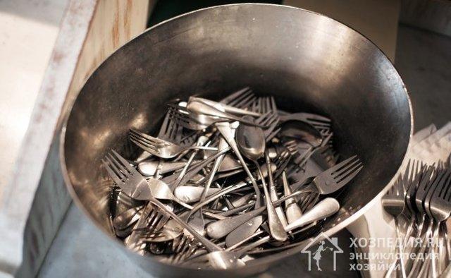 Как почистить вилки и ложки из нержавейки в домашних условиях: 12 способов